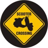 fridge magnet 'Scooter Crossing' 43 mm