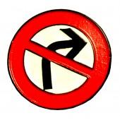 Pin 'Gegen Rechts'